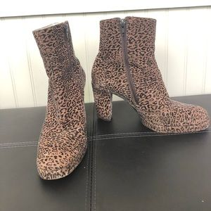 CHARLES JOURDAN   Leopard-Printed Ankle Boots